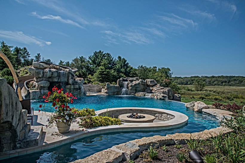image of swim jets and lazy river pumps