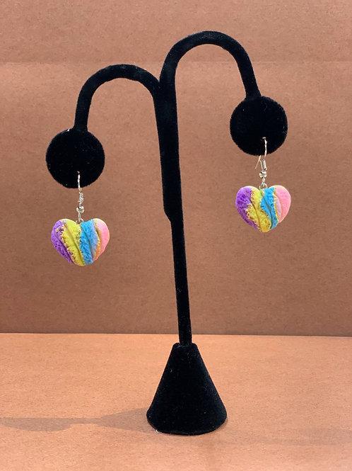 Concha Heart Earrings