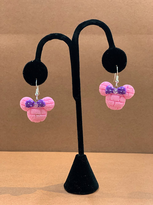 Minnie Concha Earrings