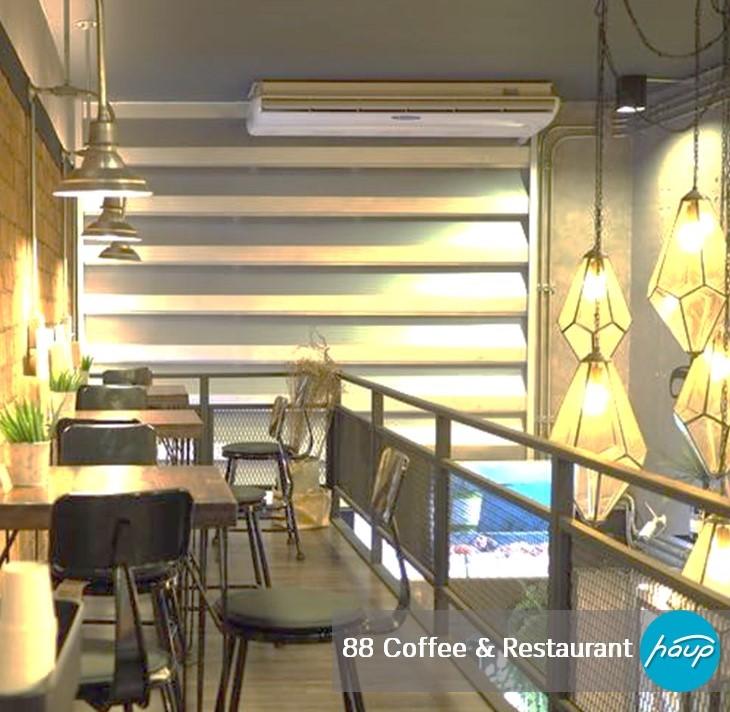 88 Coffee & Restaurant ที่ตั้ง ม.กรุงเทพ รังสิต เวลาเปิด-ปิด : 7.00-21.00 Facebook : 88 Coffee & Restaurant