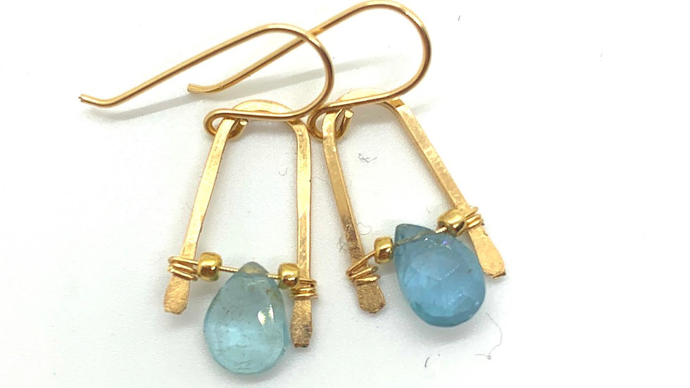 Aquamarine Wishbones #1