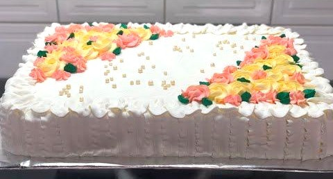 Você sabe de onde veio a tradição do bolo de casamento?