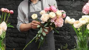 花束にはフローリストの優しさがたっぷり詰まっている
