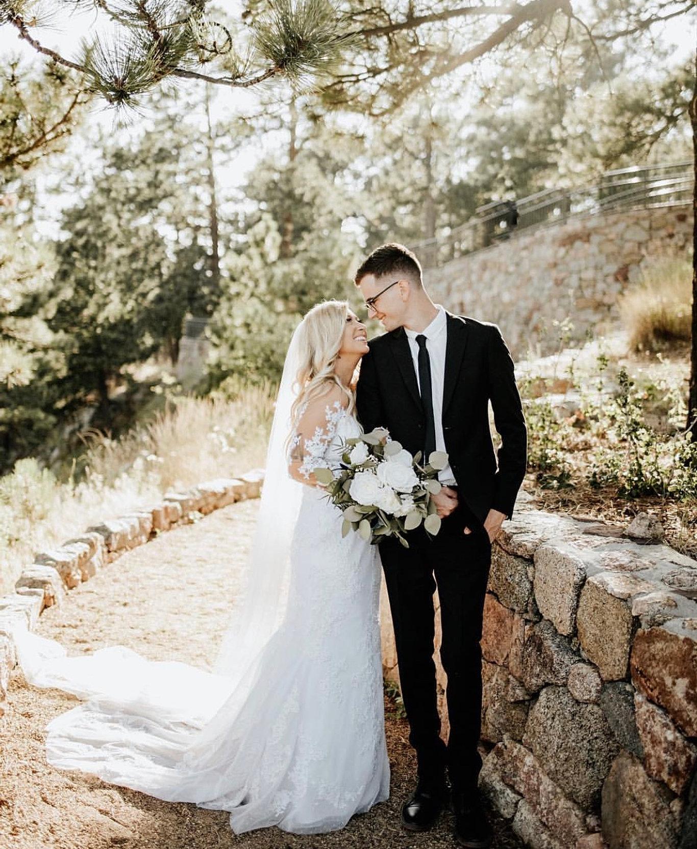 Wedding Dresses | Arvada | Amanda\'s Bridal & Tux