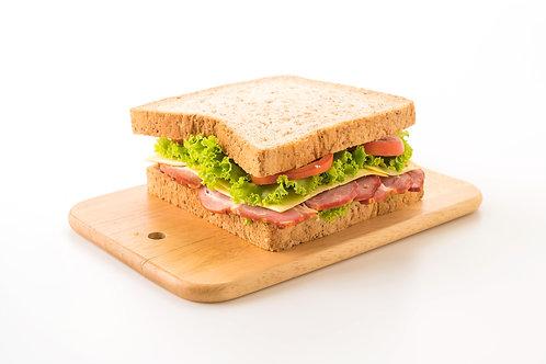Opción 3: Sándwich de Jamón, Queso y Vegetales