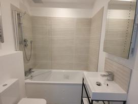 Bathroom - Huntingdon