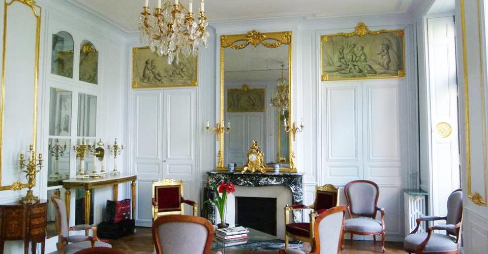 Restauration de boiseries dorées époque Louis XV