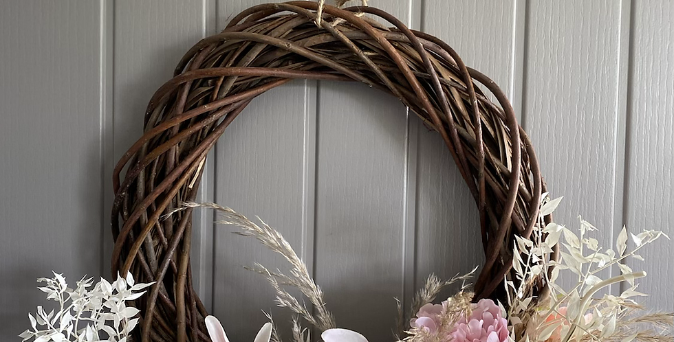 Dried/Artifical Willow Wreath (Ex Display)