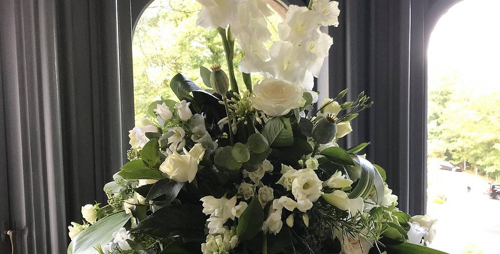 White lily Arrangement
