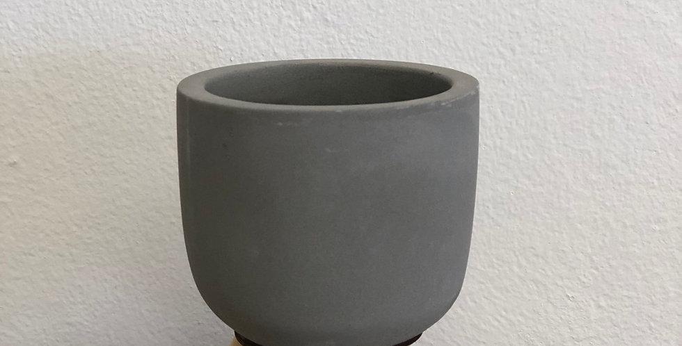Tiny Pot with 3 Legs
