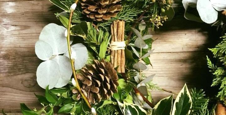 Standard Natural Wreath