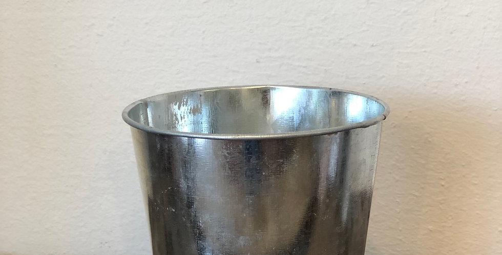 Zinc Pot