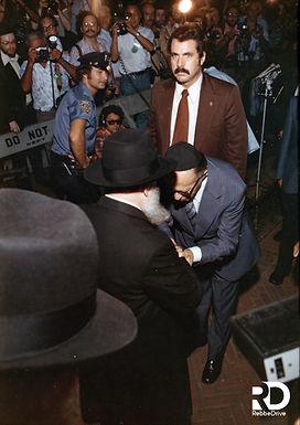 Menachem Begin Visits the Rebbe