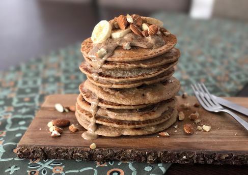 FoodItUp_EviDede_Pancakes_3.png