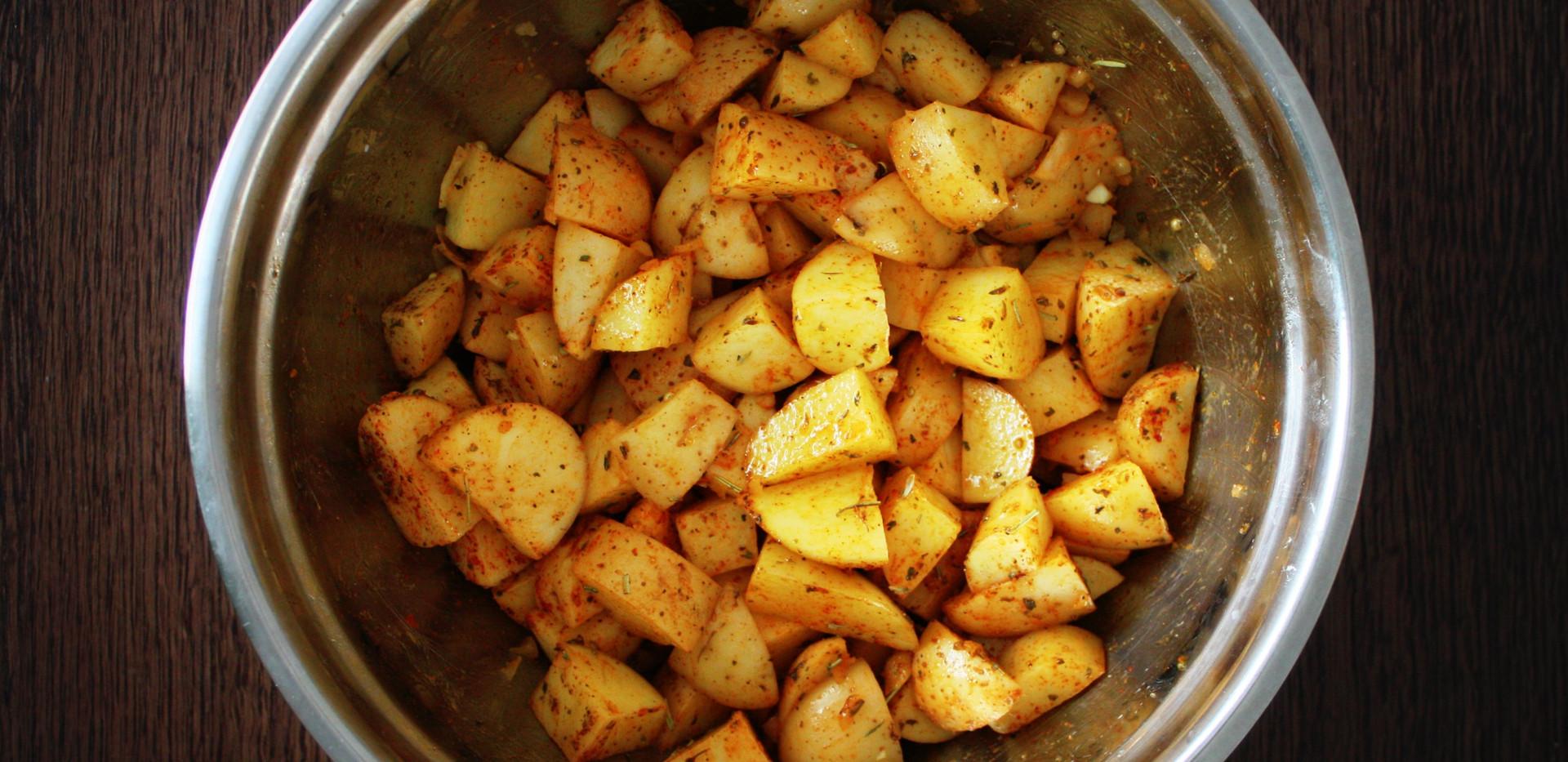 cut potatoes Lomo.jpg