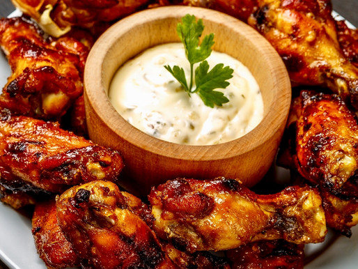 Delicious Summer Dining Food? Barbecue Chicken Wings