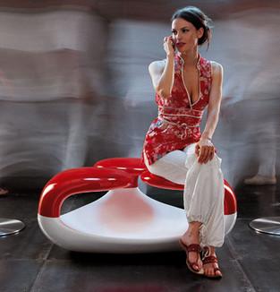 Zahra seduta tre posti prodotta da Odue Concept by Oasis.  Design by marco Maggioni, 2006  Zahra three-seater chair produced by Odue Concept by Oasis.  Design by marco Maggioni, 2006