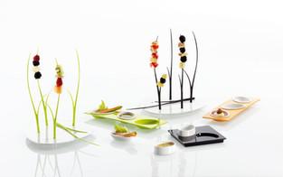 Small Entities collezione di complementi per la tavola, produzione Mebel.  Design Marco Maggioni, 2008  Small Entities collection of table accessories, Mebel production.  Design Marco Maggioni, 2008