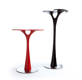 Tavolo bar Ypsil prodotto da Odue Concept by Oasis.  Design Marco Maggioni, 2006  Ypsil coffee table produced by Odue Concept / Oasis.  Design Marco Maggioni, 2006