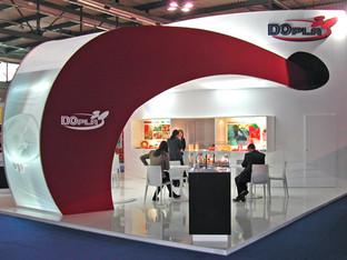 Stand fieristico per DoPla.  Design Marco Maggioni, 2013  Exhibition stand for DoPla.  Design Marco Maggioni, 2013