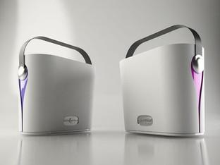 Prototipo di innovativo frigo portatile, produzione Gio'Style.  Design Marco Maggioni, 2013  Prototype of an innovative portable fridge, Gio'Style production.  Design Marco Maggioni, 2013