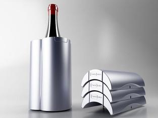Mattonelle refrigeranti. Produzione Gio'Style.  Design Marco Maggioni, 2013  Cooling tiles for Gio'Style.  Design Marco Maggioni, 2013