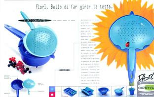 Colatutto Florì per Gio'Style. Pubblicità sulle maggiori riviste.  Design Marco Maggioni, 1996  Florì colanderfor Gio'Style. Advertising page.  Design Marco Maggioni, 1996