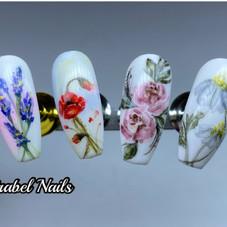 FLOWERS NAIL TIPS.jpg