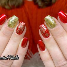 XMAS RED NAILS.jpg