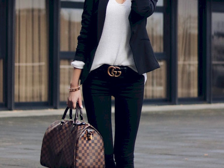 What do you wear to an informal business meeting?