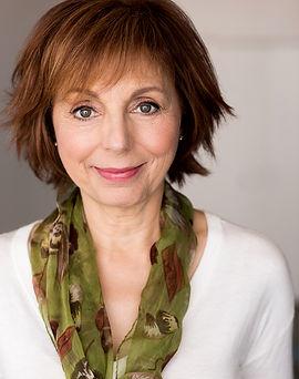 Nancy Linari.jpg