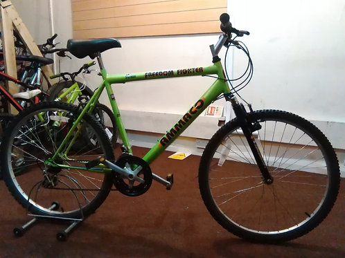 AMMACO FREEDOM FIGHTER 26 INCH WHEEL 15 SPEED FRONT SUS GREEN/BLACK GOOD CONDITI