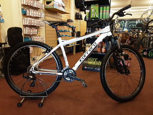 CARRERA VALOUR 27.5 INCH WHEEL FRONT SUS ALLOY 21 SPEED WHITE GOOD CONDITION