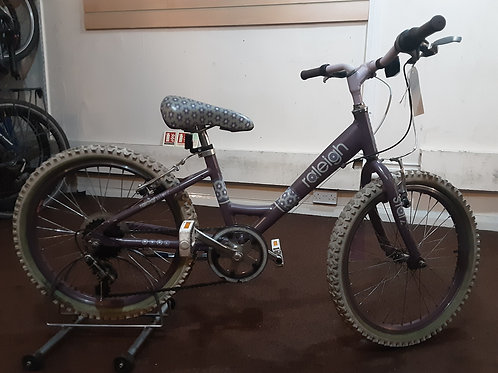 RALEIGH STARZ 20 INCH WHEEL LILLAC 6 SPEED ALLOY GOOD  CONDITION