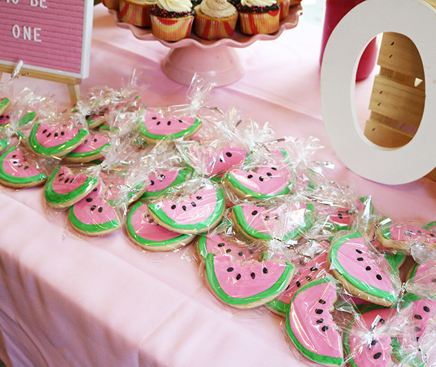 watermelon_first_birthday_party_baby_gir