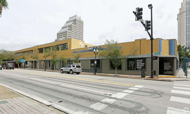 47 E. Robinson Street