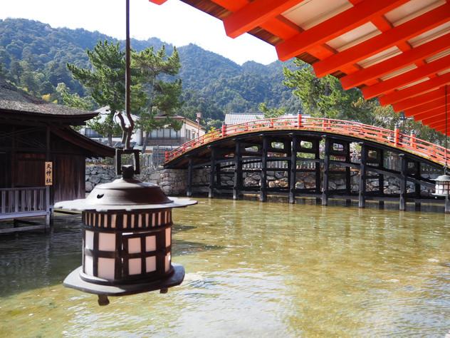 厳島神社・反橋