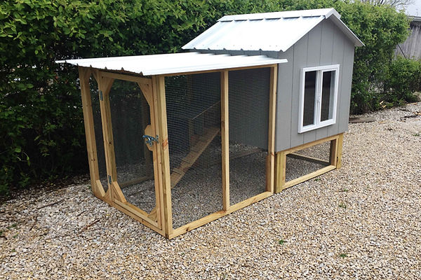 Chicken Coop - Hut with chicken package and tall legs - St. Louis, MO - A+ Builds