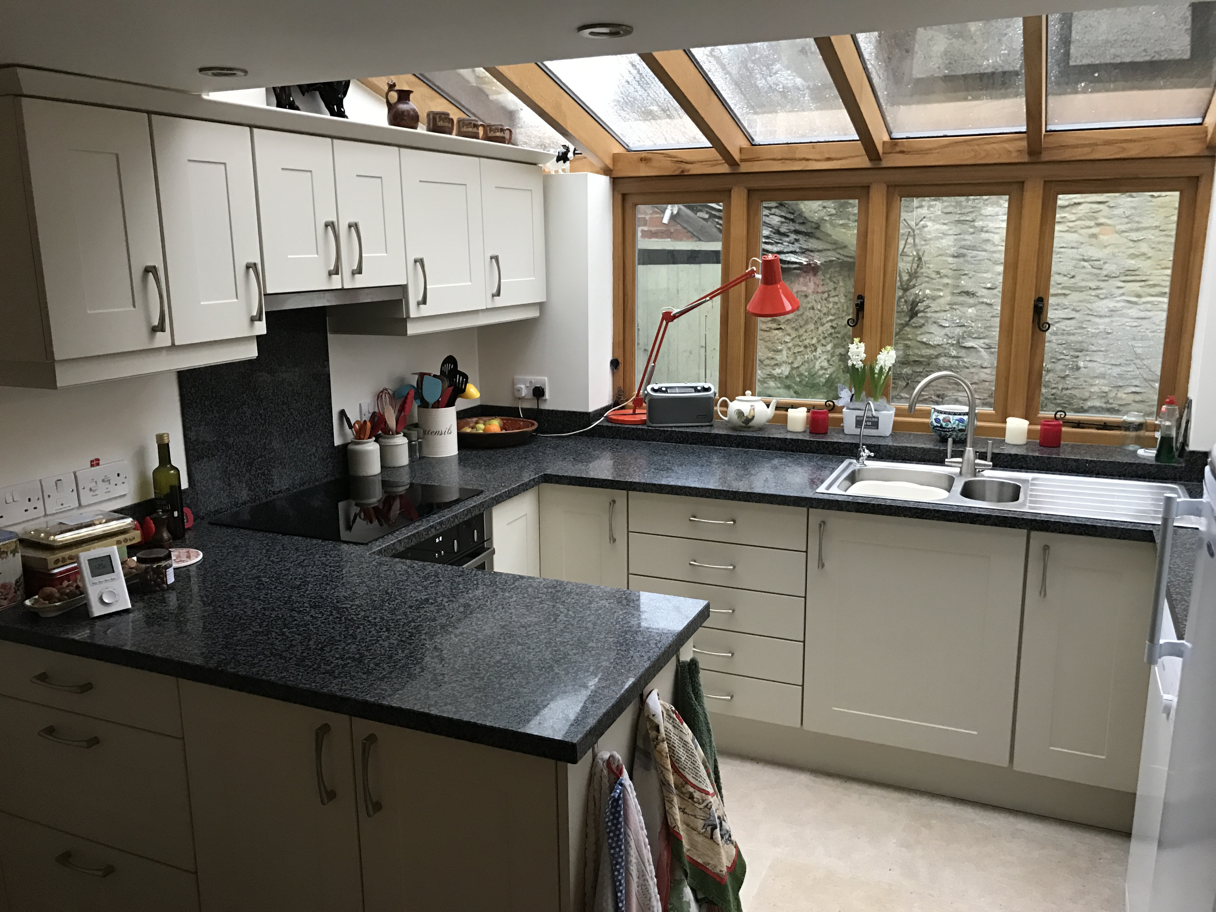 Granite worktops replacement