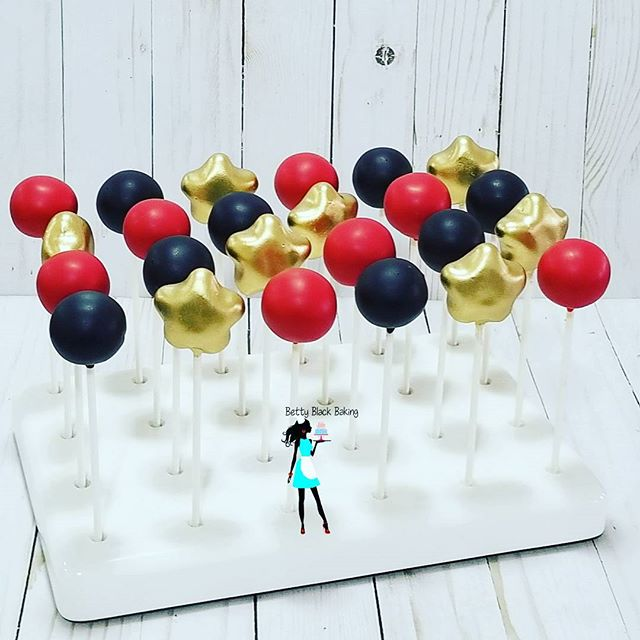 Happy National cake pop day! #cakepops#vanillacakepops#starcakepops#redandblackcakepops#954baker#cus