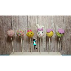 Easter themed cakepops.