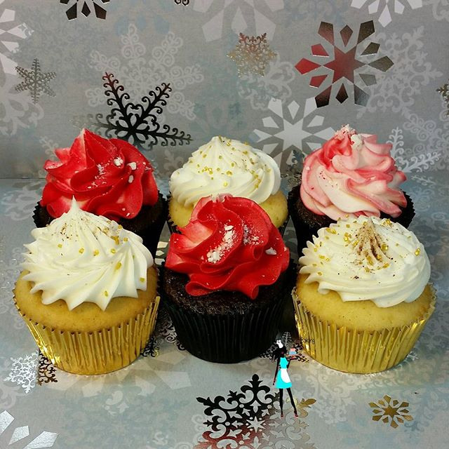 SOLD OUT!!!! Spiced Eggnog and Chocolate Peppermint cupcakes!  Local area of Broward county-  Planta