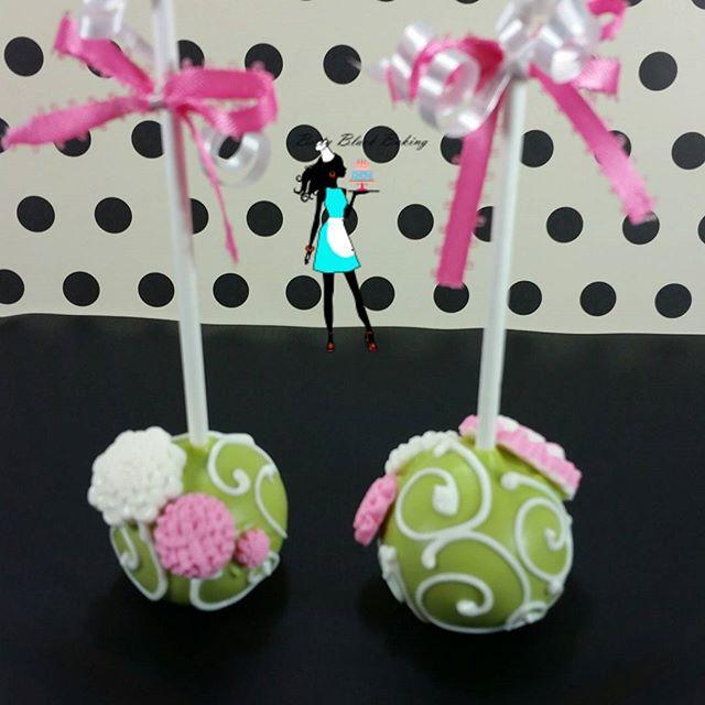 Spring theme cake pops! Flowers
