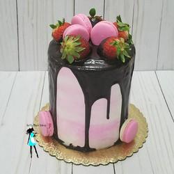 Valentine Vanilla Rum Drip Cake