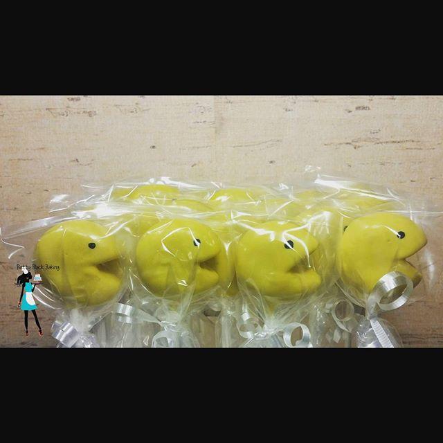 Pac-Man cake pops