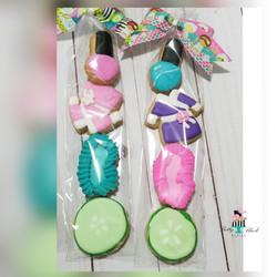 spa themed mini cookies
