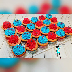 Super Mario strawberry cupcakes