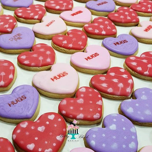 Giving some Hugs today! #minicookies#hug
