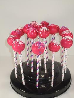 Raspberry Lemonade Cake pops