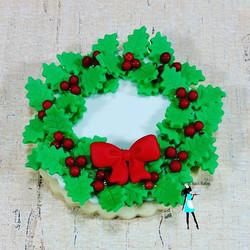 Christmas wreath sugar cookie
